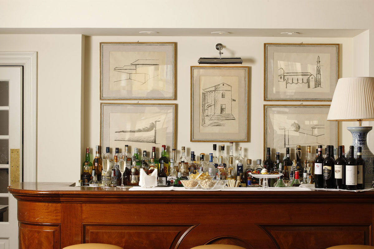 Picteau lounge bar at Hotel Lungarno, Florence