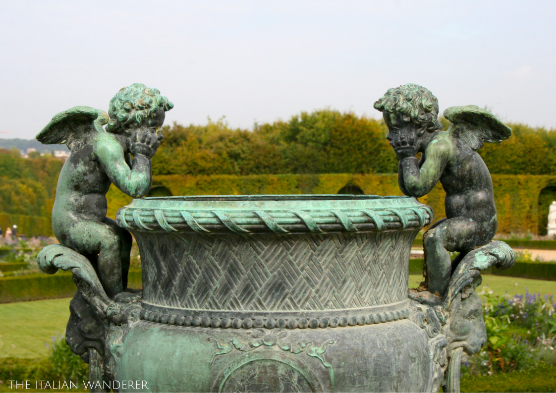 Details of the gardens of Versailles